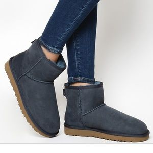 UGG MINI II BOOT